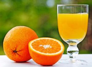 imagen de naranjas y zumo